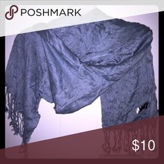 💕Gorgeous gray/silver scarf💕 Lightweight and in perfect condition. Texture is smooth and flattering to any outfit! From a smoke free home! Accessories Scarves & Wraps
