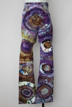 $55 - Tie Dye Yoga pants - size small - Na's Favorite bulls eye by A Spoonful of Colors Find this item on https://a-spoonful-of-colors.myshopify.com/
