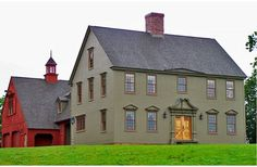 The best colonial style house floor plans. Find small traditional home designs, 2 story colonial farmhouses & more! Call for expert support. Exterior Colonial, Colonial House Plans, Colonial Style Homes, Traditional House Plans, Country House Plans, Country Homes, Country Kitchen, Traditional Design, Saltbox Houses