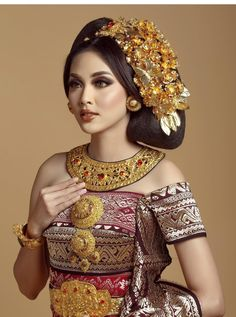 """You must pass the bad days first to get the best day in the future. Indonesian Wedding, Indonesian Girls, Ethnic Dress, Balinese, Kebaya, Ankle Straps, Captain Hat, Girls Dresses, Wedding Inspiration"