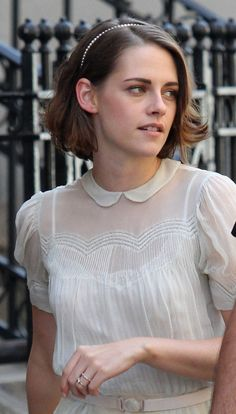 Kristen Stewart as Mary Bennet Plain and cynical, Kristen Stewart (known for playing dull characters) would play Mary perfectly.