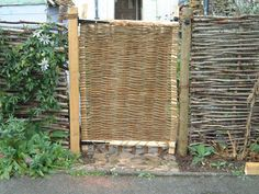 woven gate and fence. Wattle Fence, Bamboo Fence, Garden Fencing, Willow Fence, Willow Garden, Willow Tree, Living Willow, Garden Screening, Good Neighbor