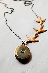 Locket.  I. MUST. HAVE. THIS.