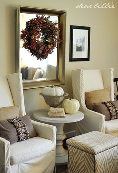 A Warm Autumn Family Room  ~  great tutorial with little ideas to feel the autumn season!