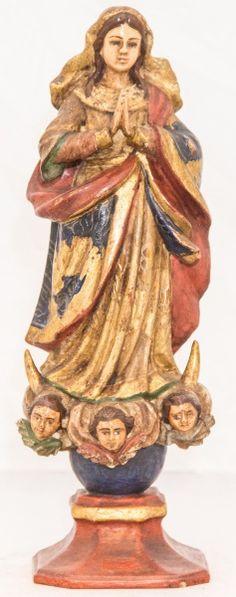 Imagem de madeira policromada, Nossa Senhora da Conceição. Bahia, século XIX. Alt. 30cm. Vendida 900,00.