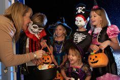 Favorite Halloween Candy for Grandkids - http://www.seniorcarecompass.com/blog/favorite-halloween-candy-grandkids/