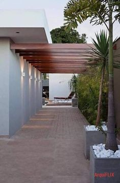 62 ideas for home exterior rustic design Courtyard Design, Patio Design, Backyard Patio, Backyard Landscaping, Outdoor Rooms, Outdoor Living, Design Exterior, Patio Flooring, Pergola Designs