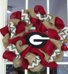 Ga. Burlap Wreath!! Now that I know how to make and they are soooooooooooo EASY