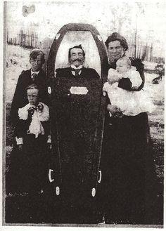 Memento Mori Photographs | Memento Mori: Victorian Death Photos