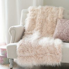 Discover Maisons Du Monde S Astrakan Blush Faux Fur Throw In Pink 130 X Browse A Varied Range Of Stylish Fabrics To Add Unique Touch Your Home