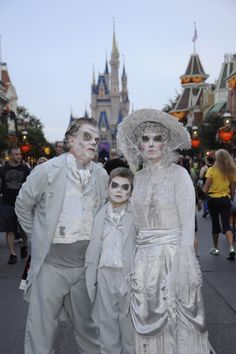 MNSSHP (Mickey's Not So Scary Halloween Party) Costumes - Haunted Mansion Ghosts