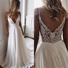 Hvid lang chiffon aftenkjole med v-hals, hos Storenvy - ., Hvid lang aftenkjole lavet af chiffon med V-hals, hos Storenvy - # Aftenkjole Backless Lace Wedding Dress, V Neck Wedding Dress, Black Wedding Dresses, Tulle Wedding, Modest Wedding, Wedding White, Gown Wedding, Mermaid Wedding, Boho Beach Wedding Dress