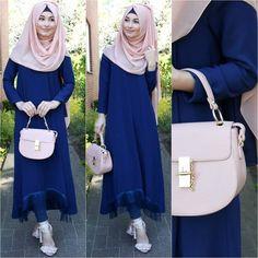 Just want the lovely dress Abaya Fashion, Modest Fashion, Fashion Outfits, Fasion, Hijab Style, Hijab Chic, Modele Hijab, Hijab Trends, Muslim Women Fashion