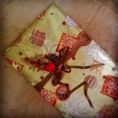 #новыйгод  близко! Новогоднее #оформление и #упаковка#подарок  #подарочек#золото#золотаябумага#упаковочнаябумага  #лента#шоколадныйбант#бант#бантик  #груша & стильная #цацка  #скрапбукинг  #wrappingpaper with #gold#red colors  #ribbon#scrapbook  #wrapper#gift#decorteam  #happy#NewYear  #celebrate  #Lala_decorteam