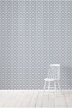 Love the wallpaper! Swedish Wallpaper, Scandinavian Wallpaper, Kitchen Wallpaper, Cool Wallpaper, Wall Colors, Colours, Floor Ceiling, Interior Design Living Room, Decoration