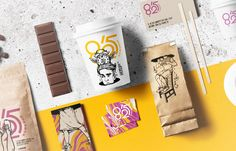 In this post, I'll show you a collection of 60 Creative Coffee Branding and Packaging Designs. Get the inspiration today, enjoy!