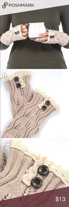 Crochet fingerless gloves Stay warm outside with these fingerless crochet gloves with buttons! Vanity Accessories Gloves & Mittens
