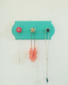 Jewelry holder, necklace holder, jewelry rack, jewelry organizer, wood plaque with knobs, jewelry display, coat rack, gift for her by PeavyPieces on Etsy https://www.etsy.com/listing/269809302/jewelry-holder-necklace-holder-jewelry