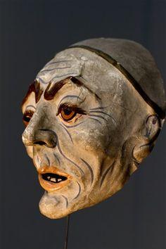 Respektlos Mask from the estate of James Ensor. The Hague, The Netherlands gemeentelijk-museum-den-haag photographed-by-jos-van-der-woude Art Sculpture, Sculptures, James Ensor, Puppet Costume, Punch And Judy, Arte Tribal, Art Japonais, Cool Masks, Venetian Masks