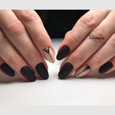 Матовые чернее чёрных ◼️ Аппаратный маникюр , по моей авторской технике - 2 фрезы ☝️, покрытые #luxio_nightfall #luxio_conceal , геометрический рисунок #отруки Gel play black , и матовый топ #luxio в 2 слоя ☝️ #nails_korobova