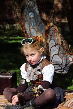 Steampunk little girl fairy Cosplay Steampunk Cosplay, Viktorianischer Steampunk, Steampunk Wedding, Steampunk Clothing, Steampunk Fashion, Steampunk Festival, Steampunk Necklace, Fashion Goth, Larp