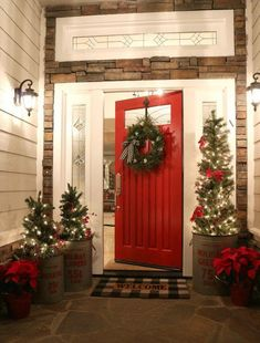 Enjoy my festive buffalo check Christmas Home Tour, complete with how-to's, inspiration, decorating tips, and plenty of sources to create holiday magic in your own home. Enjoy savings coupons to shop beautiful Christmas decor. Farmhouse Christmas Decor, Country Christmas, Christmas Home, Christmas Holidays, Christmas Porch Ideas, Christmas Front Porches, Homemade Christmas, Christmas Lights Outside, Christmas Coffee