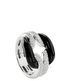 D.LACE WHITE GOLD RING WITH DIAMONDS (0.40 ct.) AND ONYX  Ref. 20055242