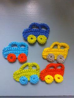 In mijn webwinkel www.susannenso.nl  is een gratis patroontje van een theepotje te vinden! Ook staat het patroontje van de kleine autootjes ...