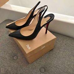 Stiletto Shoes, Pumps Heels, High Heels, Stilettos, Designer Heels, Dream Shoes, Christian Louboutin Shoes, Shoe Collection, Cute Shoes