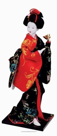 My mom has many dolls like this from when she lived in Japan. Japanese Geisha, Japanese Kimono, Vintage Japanese, Japanese Doll, Clay Dolls, Art Dolls, Hina Dolls, Chinese Dolls, Doll Japan