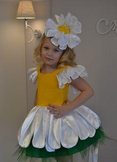 "Детские карнавальные костюмы ""Penelope""'s photos Up Costumes, Running Costumes, Halloween Costumes For Kids, Dance Costumes, Daisy Costume, Flower Costume, Costume Dress, Costume Carnaval, Wonderland Costumes"