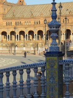 The beautiful Plaza de España, Seville, was built in 1928 for the Ibero-American Exposition of 1929. Its tiled wall, benches, floors and walkways are an example of the Renaissance Revival style in Spanish architecture. Exploring Spain and Spanish Tile: Cevisama 2015 | tileofspainusa.com