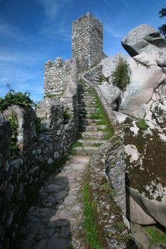 Moorish Castle Battlements - Sintra    I do need a castle!