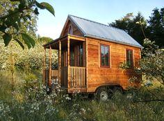 estas casas adecuan espacios pequeños en viviendas 100% equipadas con todo lo necesario incluso para que una familia pequeña pueda vivir cómodamente en ella