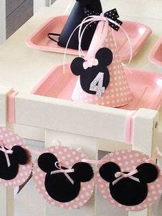 Minnie Mouse Birthday Party Ideas | Photo 1 of 17 | Catch My Party