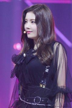 Pre Debut, Yu Jin, Japanese Girl Group, Jennie, Woollim Entertainment, Red Velvet Irene, Kim Min, Beautiful Asian Girls, Korean Singer