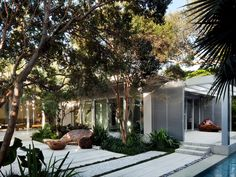 Miami Beach Garden in Florida by Raymond Jungles Inc