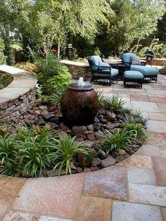 Wonderful Small Backyard Landscaping Ideas 48 Creative Backyard Rock Garden Ideas to Try and Outdoor # Small Backyard Landscaping, Ponds Backyard, Landscaping With Rocks, Landscaping Tips, Backyard Patio, Modern Backyard, Sloped Backyard, Backyard Designs, Nice Backyard