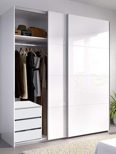 White Sliding Wardrobe, Bedroom Closet Doors Sliding, Closet Doors Painted, Sliding Door Wardrobe Designs, Bedroom Built In Wardrobe, Wardrobe Closet, Closet Designs, Wardrobes With Sliding Doors, Wardrobes For Bedrooms