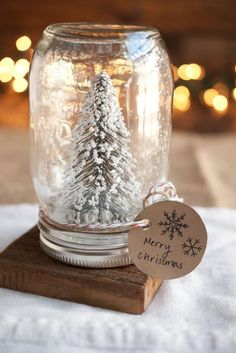 Easy and Inexpensive Christmas Gift Ideas for Everyone ★ See more: http://glaminati.com/easy-christmas-gift-ideas/