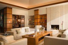 Living room - beautiful contemporary design | DesRosiers Architects
