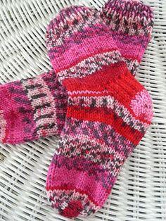 Knitting: socks on Pinterest Sock, Ravelry and Free Pattern