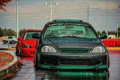 Green an red ek hatchback 1999 Honda Civic, Honda Civic Coupe, Honda Civic Hatchback, Honda Sedan, Slammed Cars, Jdm Cars, Honda Vtec, Hot Rides, Performance Cars