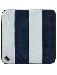 Mum 2 Mum Play 'n Change Mat, Blue/Navy - Provide a clean space for your baby, wherever you are, with this Play 'n Change mat. Made from 100% cotton super-absorbent velour towelling, with a nylon water resistant backing.