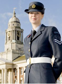 Hannah Crompton from East Yorkshire came second in the country in the RAF's selection process for scholarship places.
