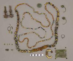 Corredo completo delle tomba 112 in Castiltierra. Whole funerary kit of the grave nr.112 in Castiltierra.