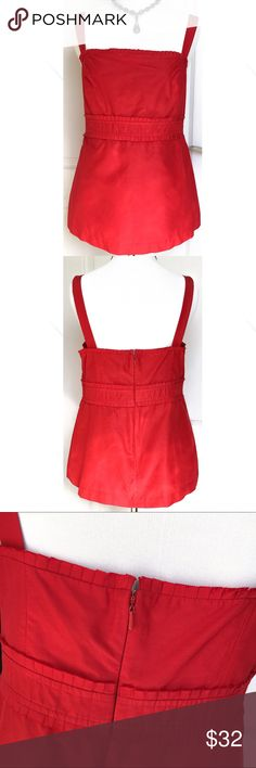 Lilly Pulitzer Red Pleated Trim Sleveless Top 10 M It's in excellent condition! The material is 42% silk and 58% cotton. It's fully lined and the lining is acetate. Zips up the back and has a hook closure at the top. Lilly Pulitzer Tops Tank Tops