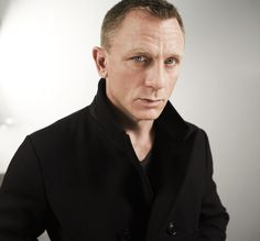 He Could Get It... Daniel Craig « Damn, That's Some Fine Tailoring