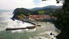 """Elantxobe Urdaibai"" Arminza.  Bizkaia.Euskal Herria. Pays Basque. Foto Sylvain de Atbeste."