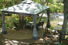 Creek side gazebo at L'Auberge de Sedona @LaubergeSedona